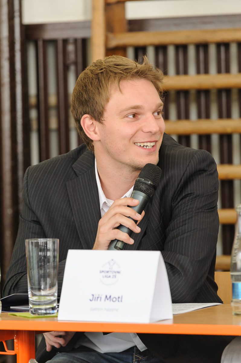 Jiří Motl - patron házenkářské ligy škol a gymnázií.
